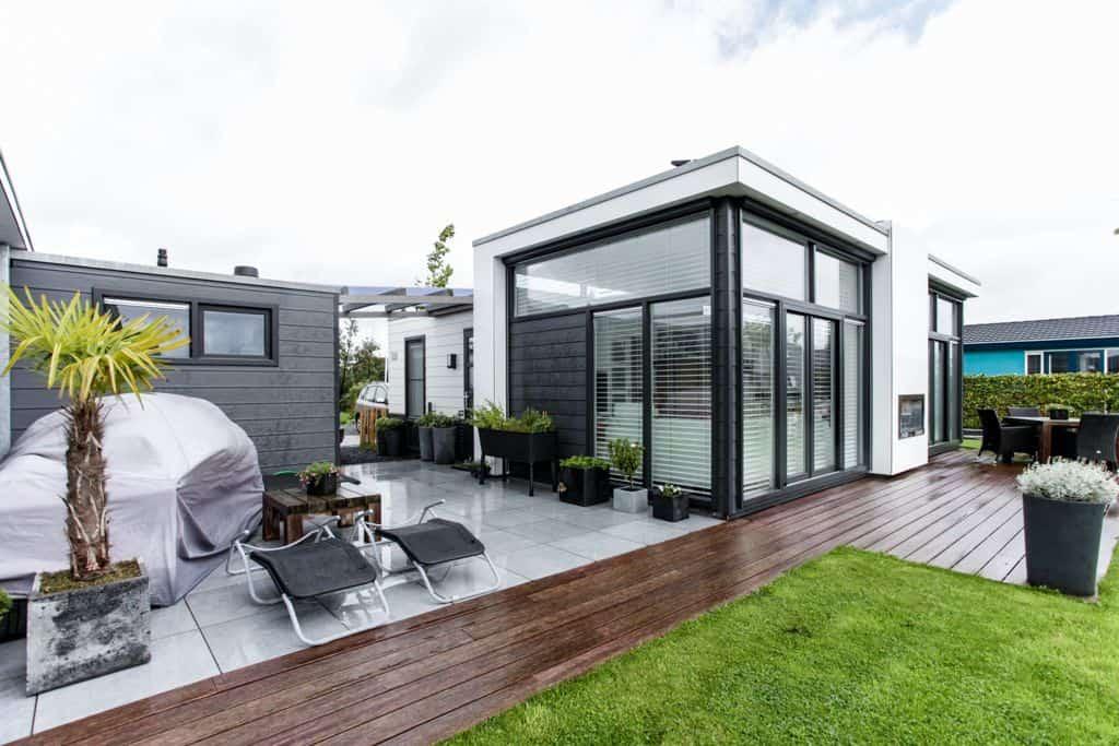 moderne recreatiewoning loosdrecht top totaal. Black Bedroom Furniture Sets. Home Design Ideas